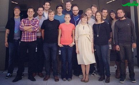 کوین سیستروم و همکارانش در پالو آلتو پس از ورود به دفتر مرکزی فیس بوک